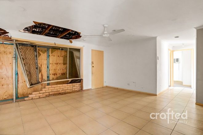 Picture of 3 Trulson Drive, CRESTMEAD QLD 4132