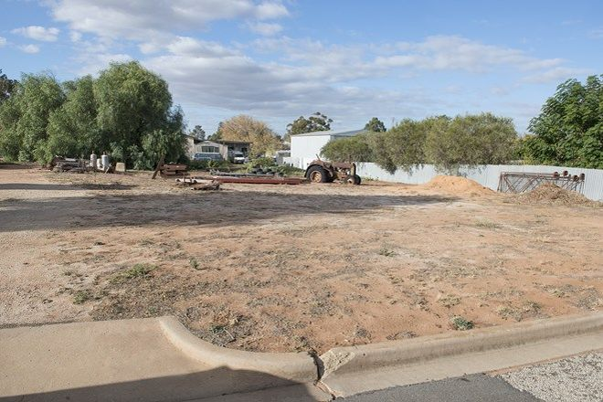Picture of 18 Murray Street, LAKE BOGA VIC 3584