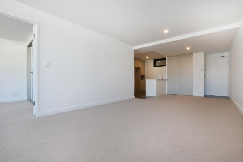 219/16-22 Sturdee Parade, Dee Why NSW 2099, Image 2