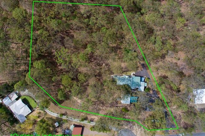 Picture of 31 Boland Court, EATONS HILL QLD 4037