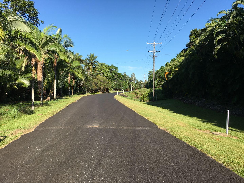 6 Lindsay Road, Carmoo QLD 4852, Image 2
