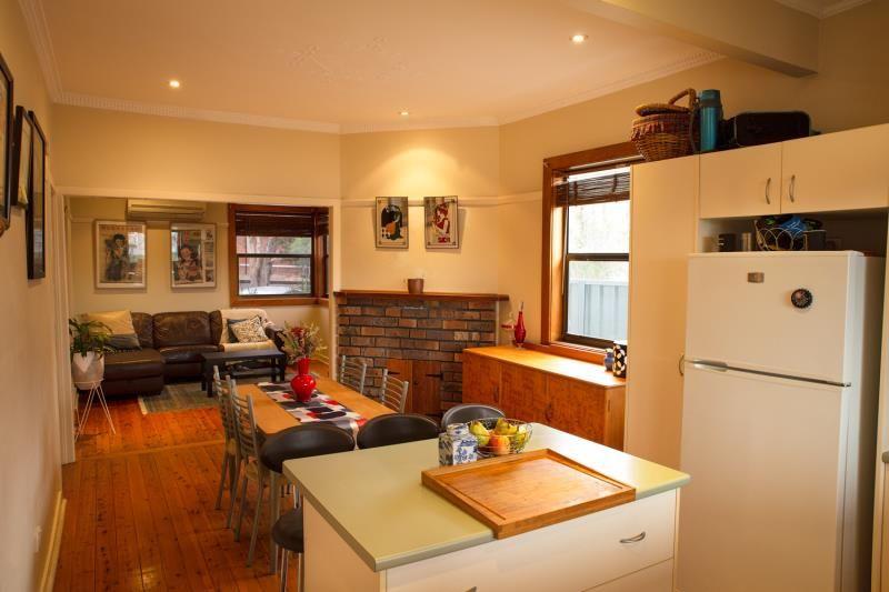 3 Phillips Street, Hamilton North NSW 2292, Image 2