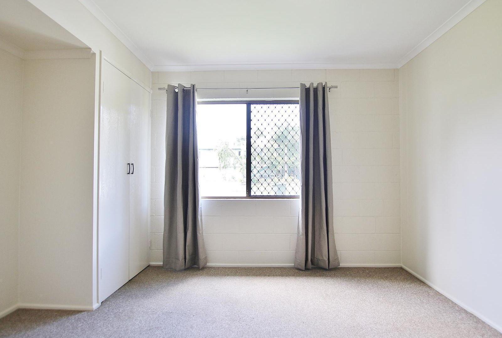 3/322 Warnock Street, Koongal QLD 4701, Image 2