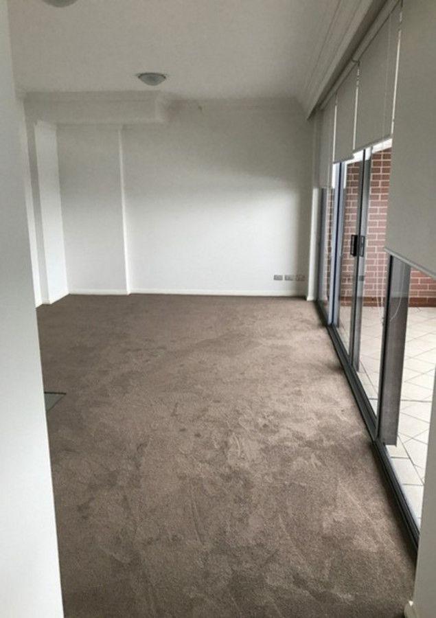 331/9 Crystal Street, Waterloo NSW 2017, Image 2
