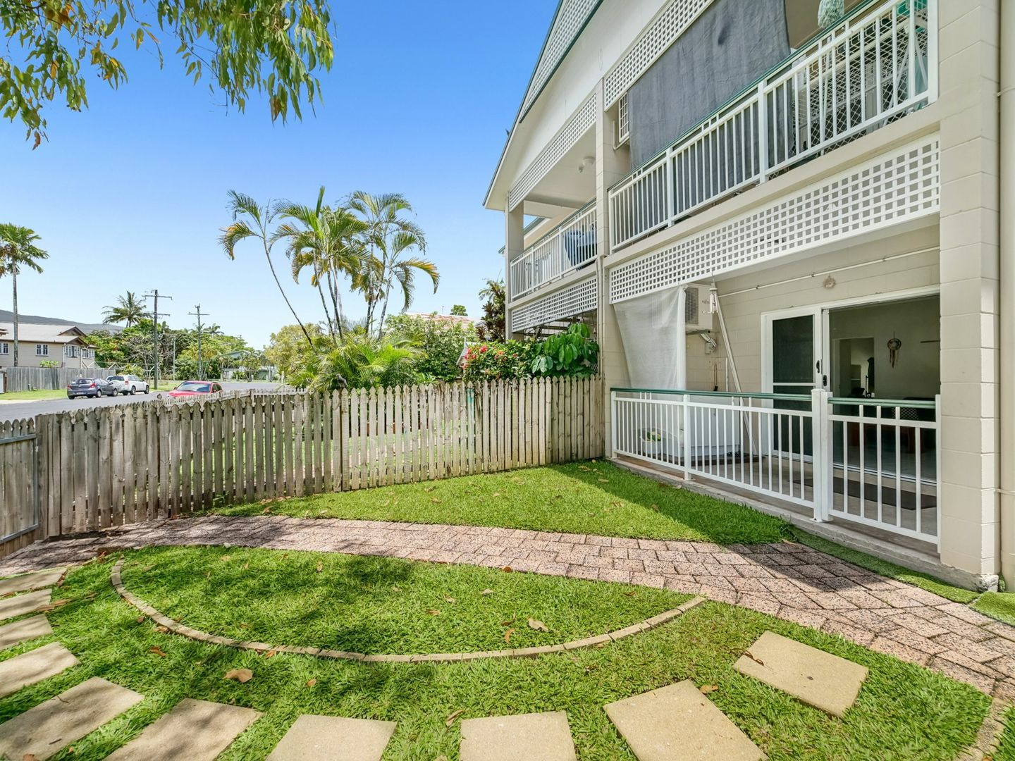 1/18-20 Rose Street, Westcourt QLD 4870, Image 1