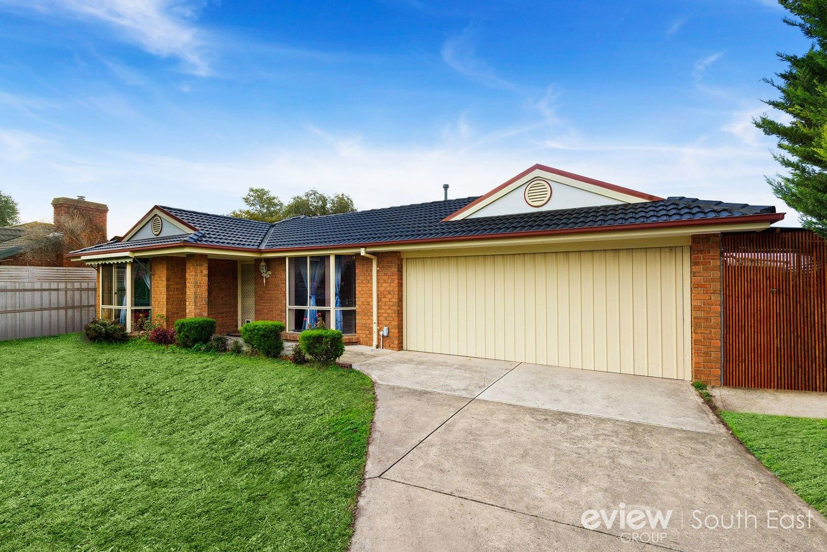 4 Rochelle Court, Narre Warren South VIC 3805, Image 0