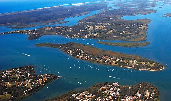 1 Isla Avenue, Redland Bay QLD 4165, Image 2
