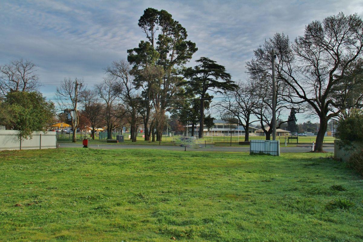 7 Barrack St, Heathcote VIC 3523, Image 0
