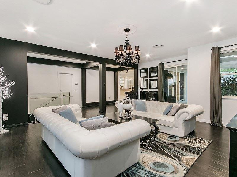 1 Woodland Residences 272 Ashmore Rd, Benowa QLD 4217, Image 0