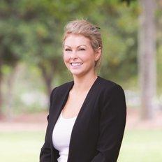 Alexandra Porter, Senior Sales Specialist