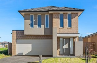Picture of 6 Hutchence Drive, Point Cook VIC 3030
