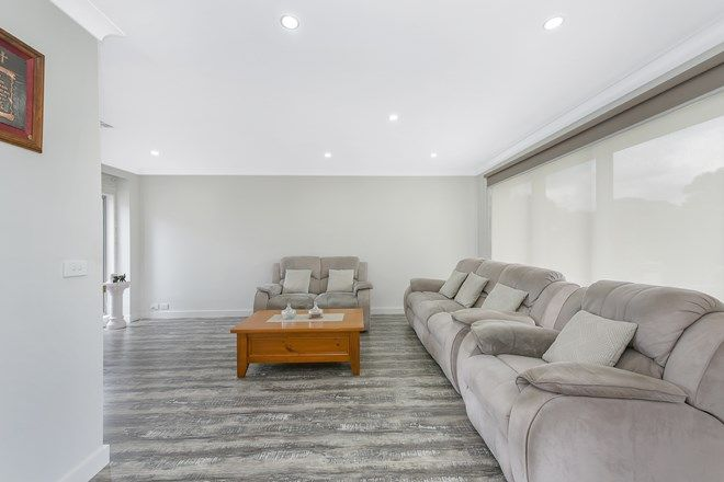 Picture of 1/56 Essex Park Drive, ENDEAVOUR HILLS VIC 3802