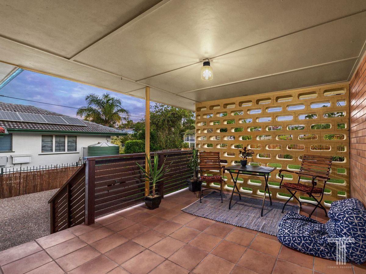 5 Arura Street, Mansfield QLD 4122, Image 1