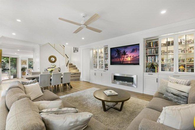 Picture of 1/39 Hughes Avenue, MAIN BEACH QLD 4217