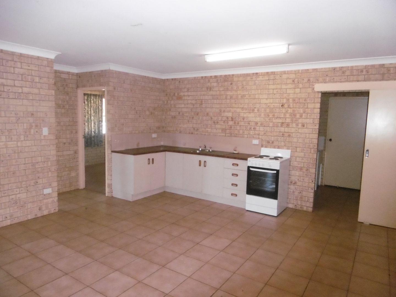 Unit 1/10 Mungomery St, Childers QLD 4660, Image 0