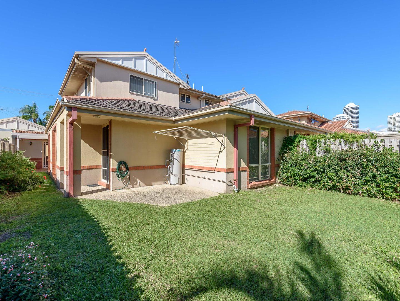 1/68 Bayview Street, Runaway Bay QLD 4216, Image 1