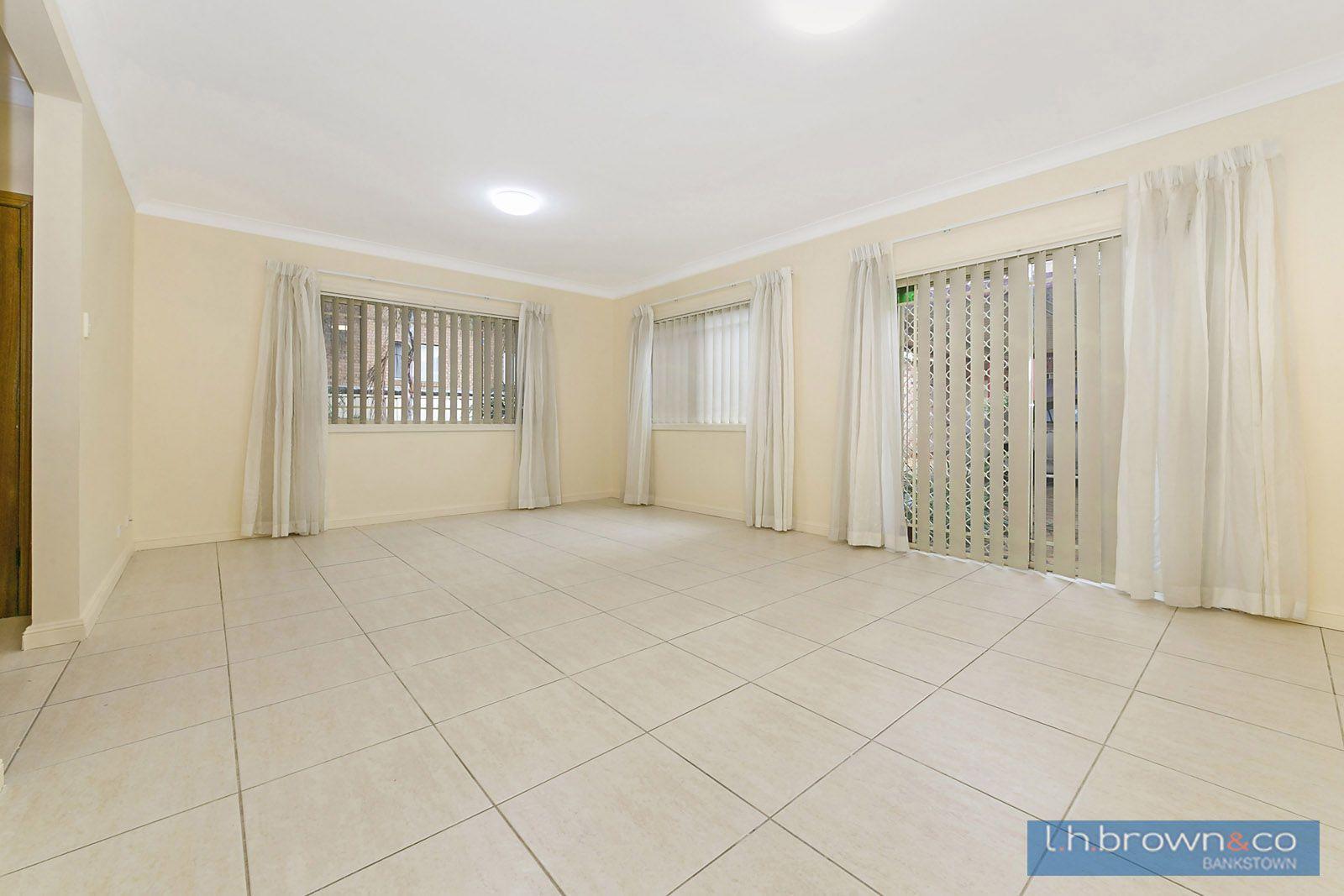2/52 Chertsey Avenue, NSW, Bankstown NSW 2200, Image 1