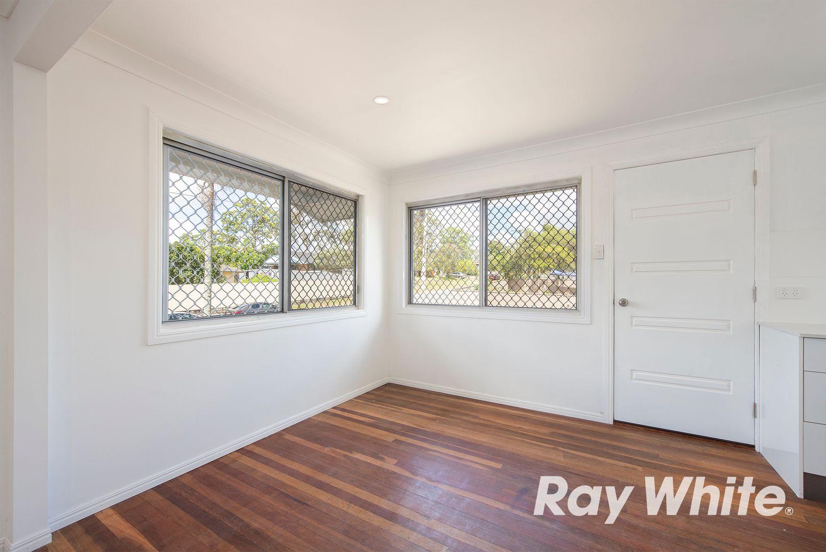 34 Omar Street, Woodridge QLD 4114, Image 2