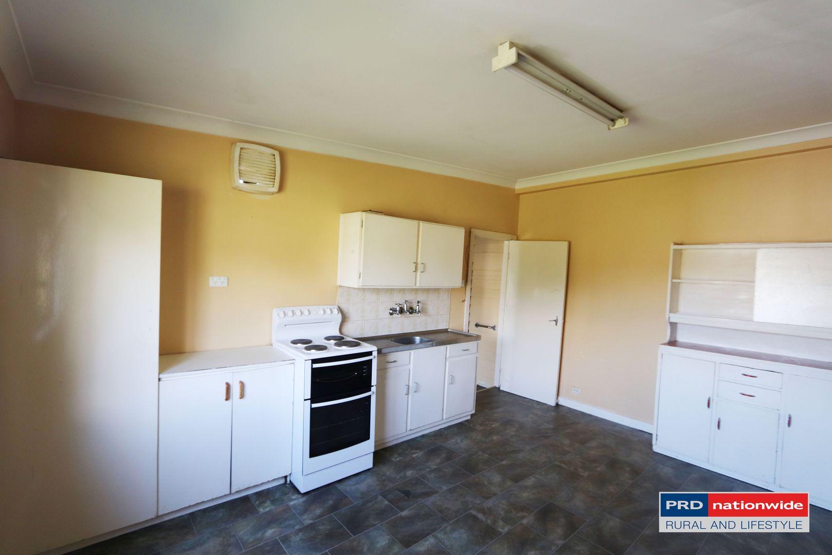 24 Regent Street, Tumbarumba NSW 2653, Image 2