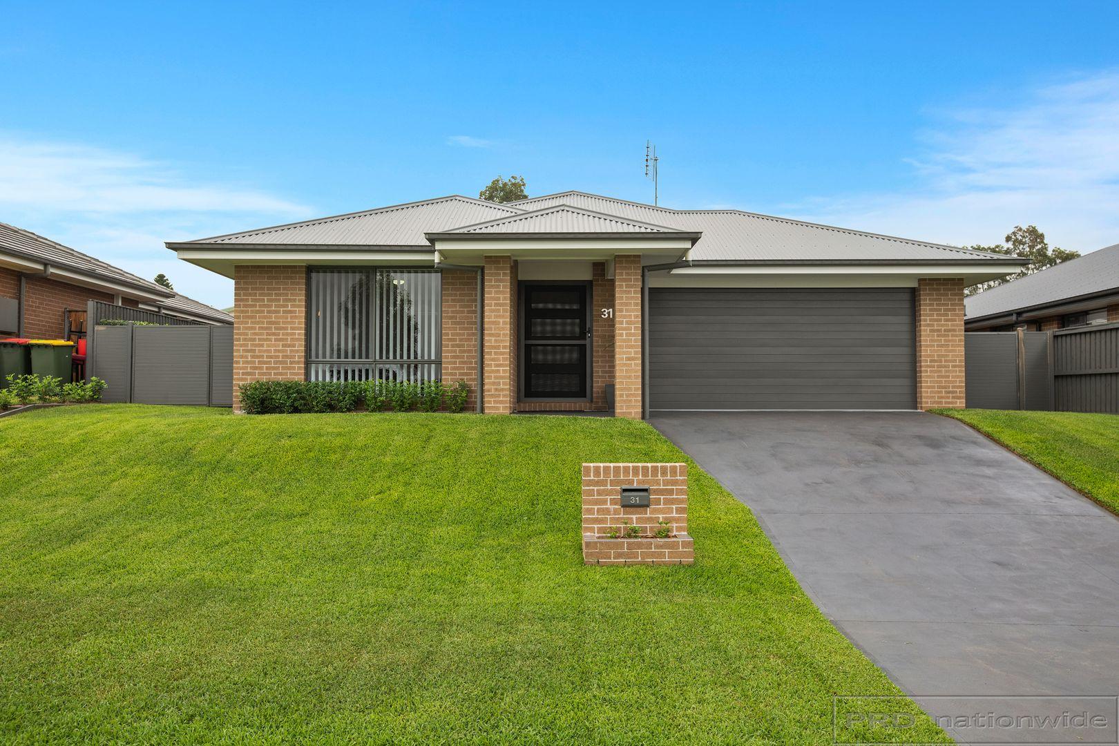 31 Finch Crescent, Aberglasslyn NSW 2320, Image 0