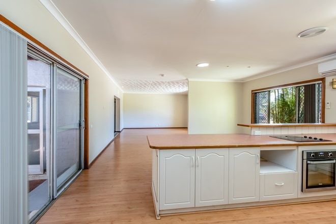 Picture of 7 Hallet Place, BLUFF POINT WA 6530