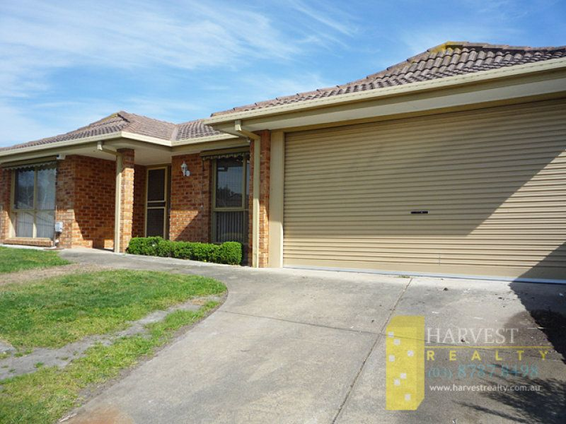 5 Broome Crescent, Cranbourne North VIC 3977, Image 1