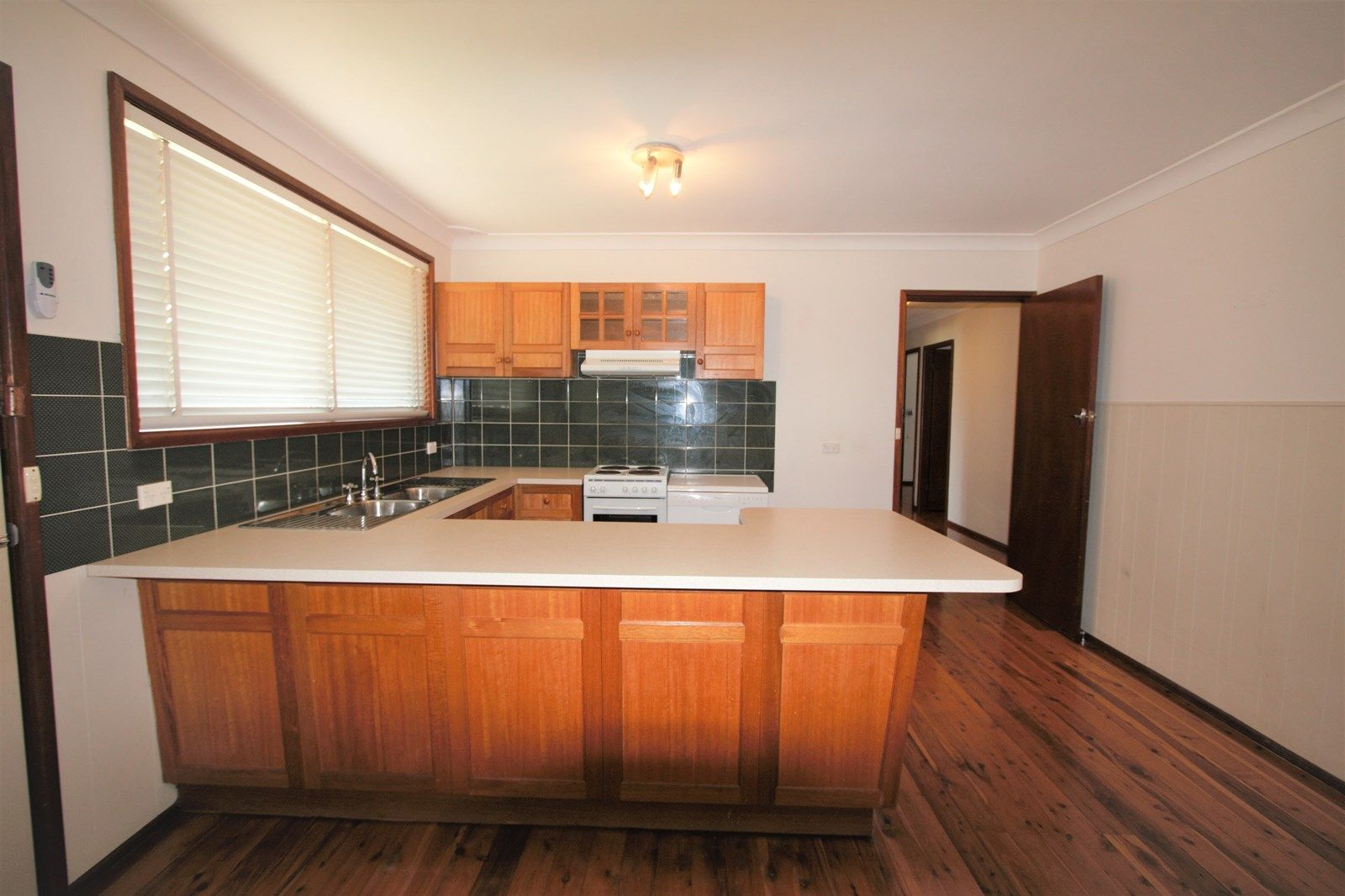 24 Chesterfield Rd, South Penrith NSW 2750, Image 2