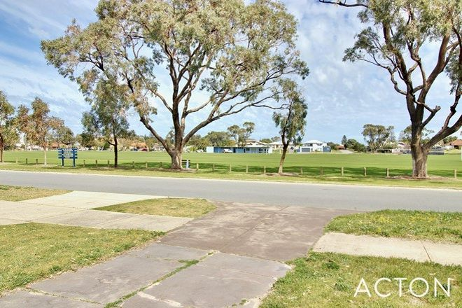 Picture of 36a Second Avenue, SHOALWATER WA 6169
