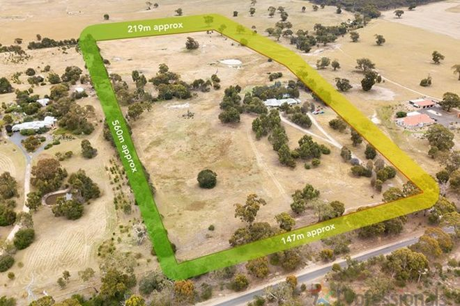 Picture of 1549 Glenmore Road, ROWSLEY VIC 3340