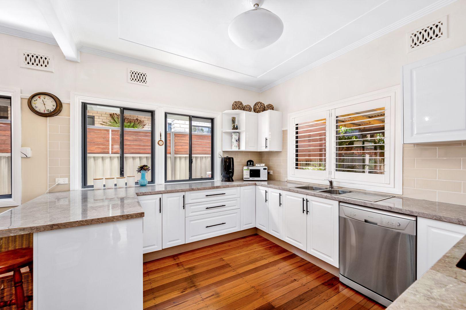 6 Faymax Street, Pelican NSW 2281, Image 1