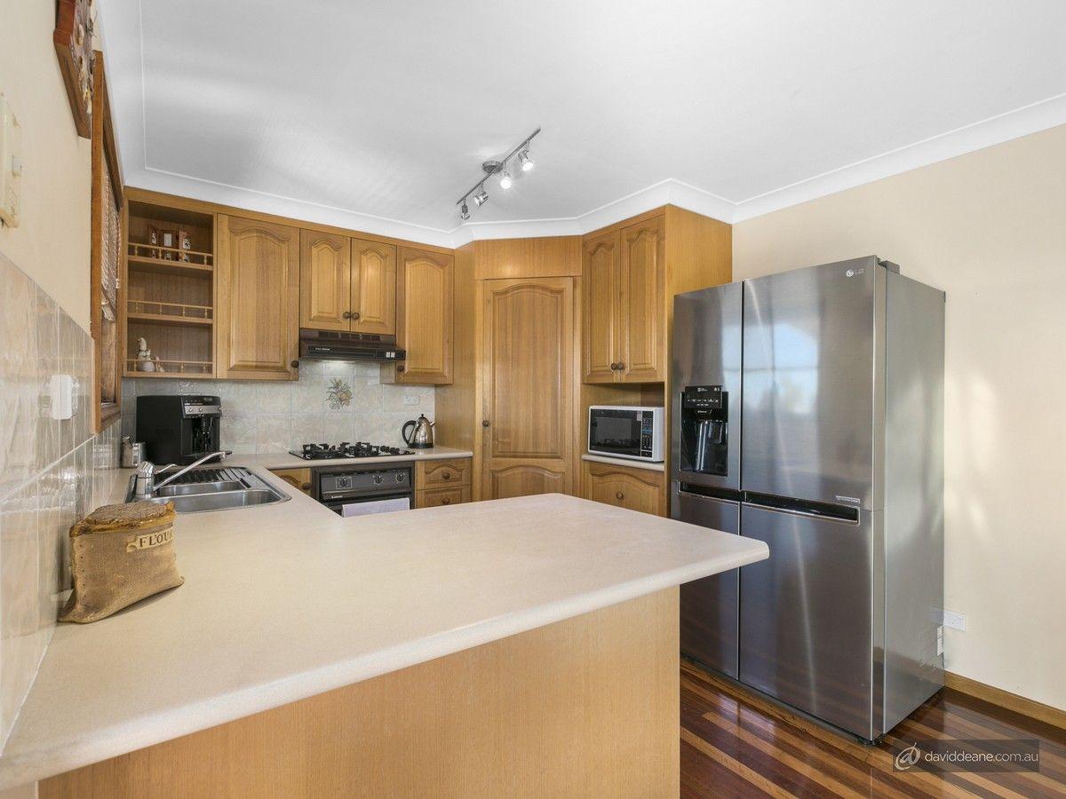 8 Coorabin Street, Strathpine QLD 4500, Image 2