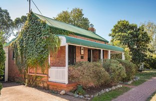 Picture of 80 Macquoid Street, Queanbeyan NSW 2620
