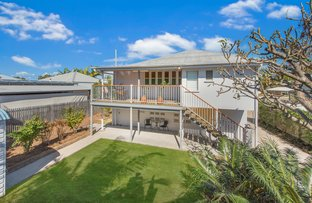 Picture of 17 Shaw Street, West End QLD 4810