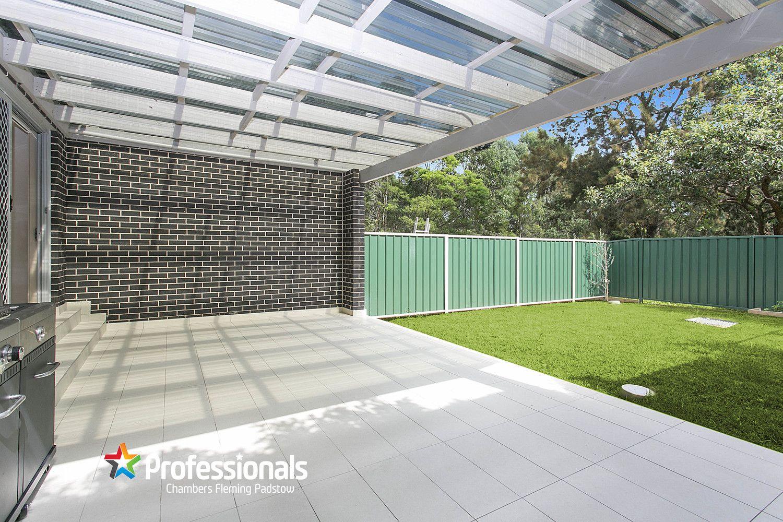 15 Shirley Street, Padstow NSW 2211, Image 2