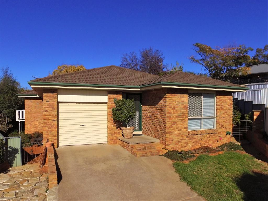 3 Brocade Place, Young NSW 2594, Image 0