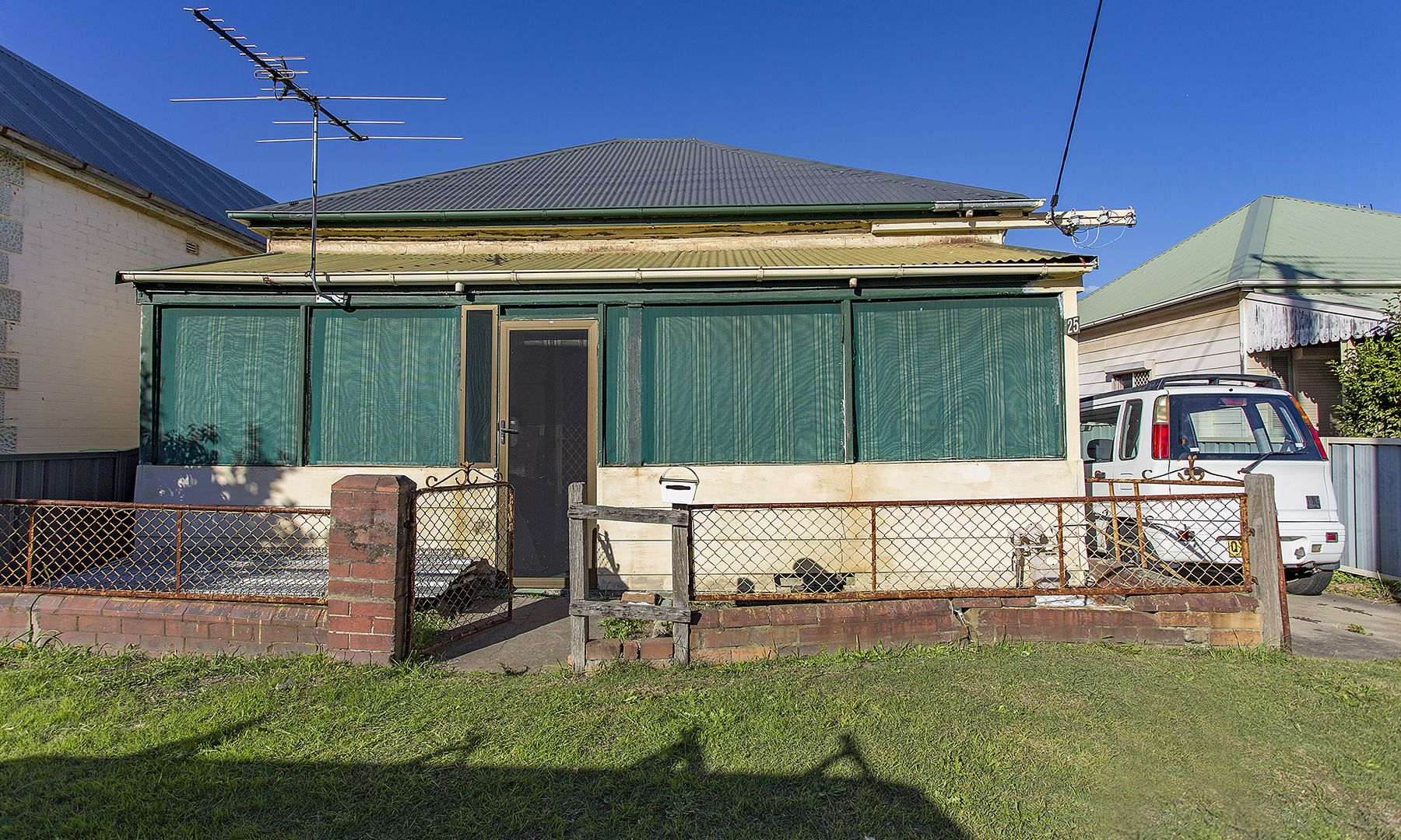 25 Clara Street, Mayfield East NSW 2304, Image 1