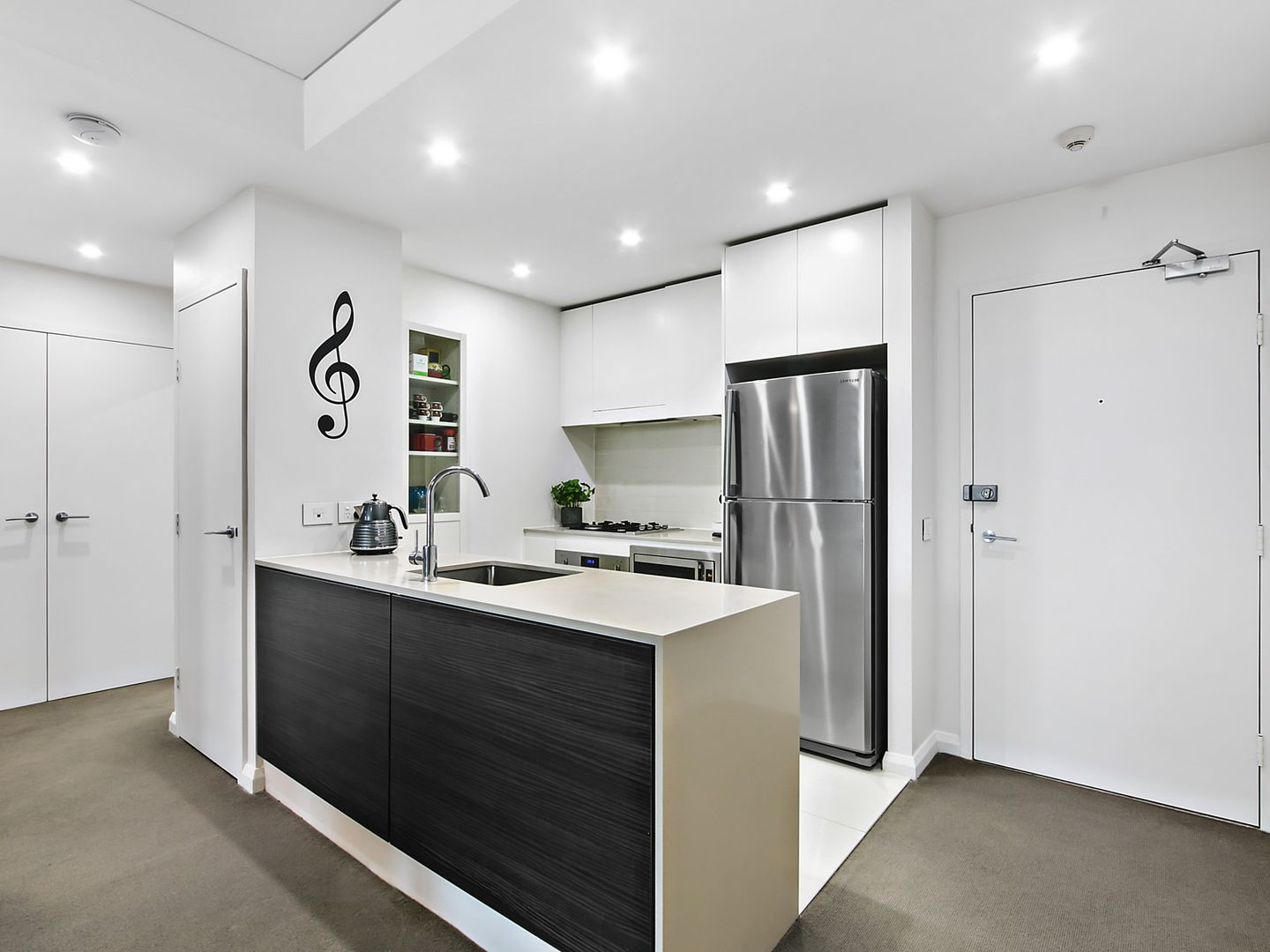 615/14 Baywater Drive, Wentworth Point NSW 2127, Image 2