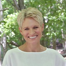 Ingrid Osborn, Sales representative