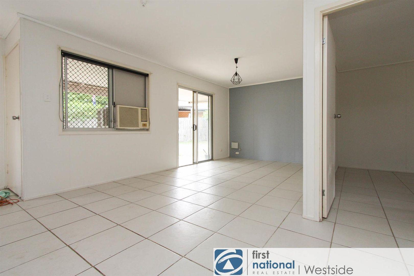 6 Reeman Court, Ellen Grove QLD 4078, Image 1
