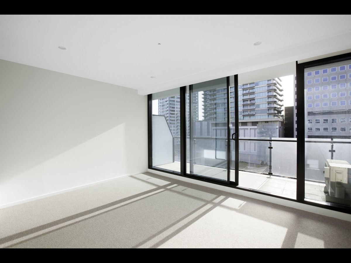 1207/52 Park Street, South Melbourne VIC 3205, Image 2