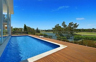 Picture of 3023 The Boulevarde, Benowa QLD 4217