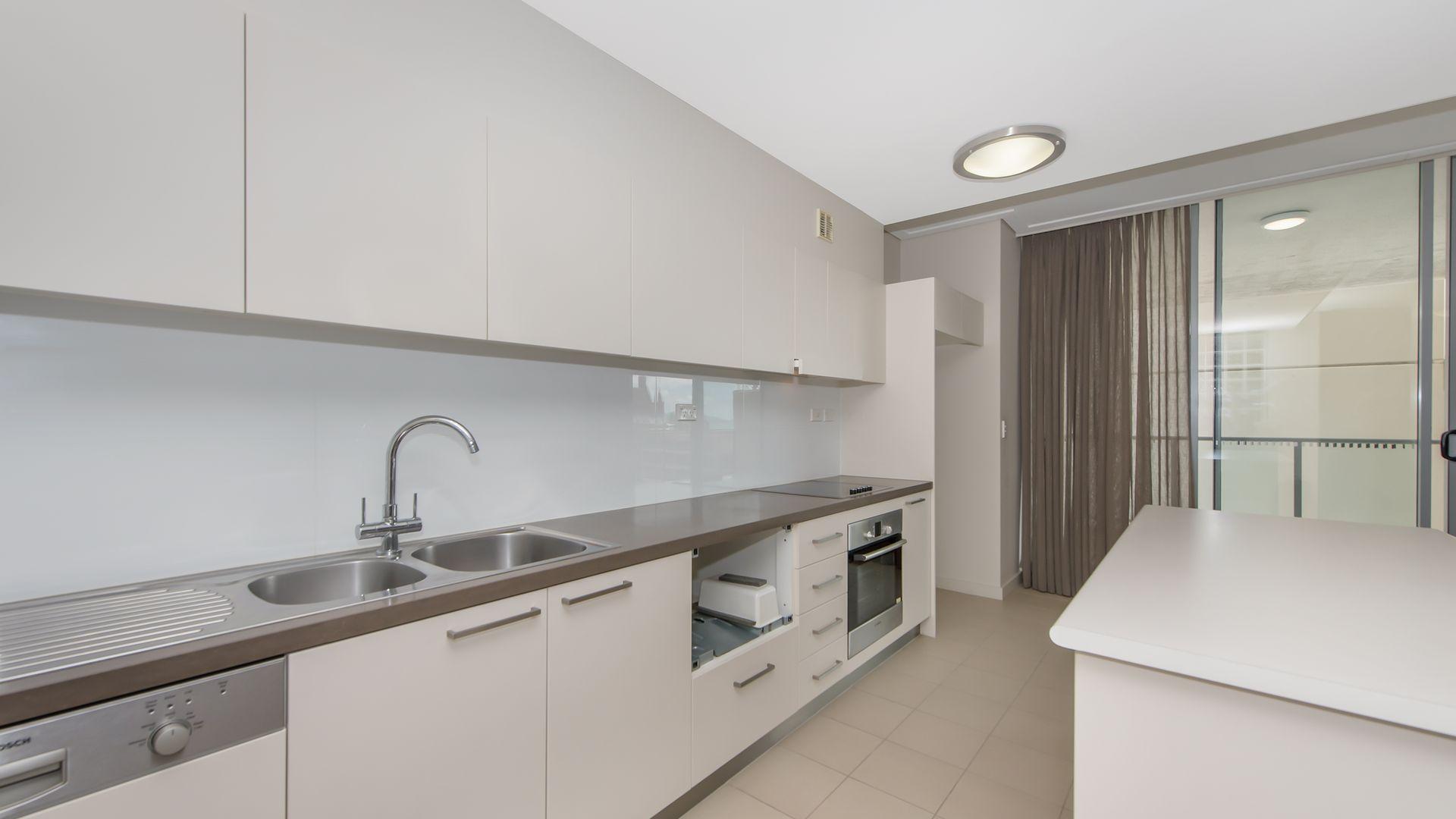 601/106 Denham Street, Townsville City QLD 4810, Image 2