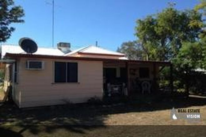 Picture of 7 Railway Street St, ANAKIE QLD 4702