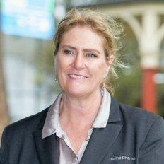 Jo Bellingham, Sales representative