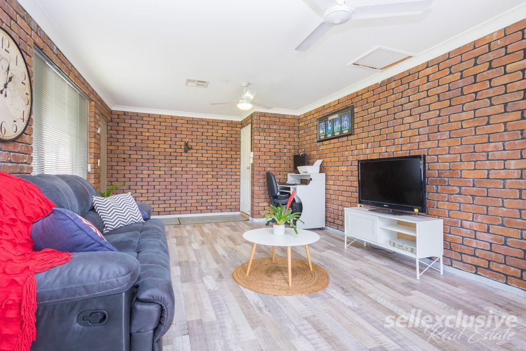 24 Harrow Court, Caboolture QLD 4510, Image 2