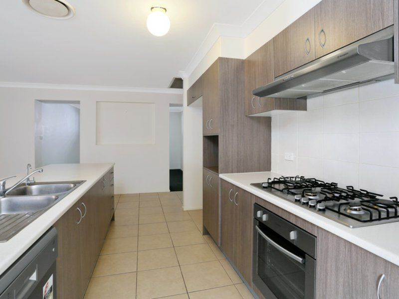 32 Dragonfly Street, The Ponds NSW 2769, Image 2
