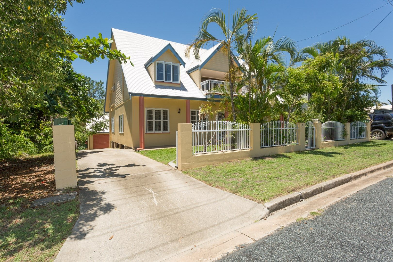5 Plover Street, Slade Point QLD 4740, Image 0