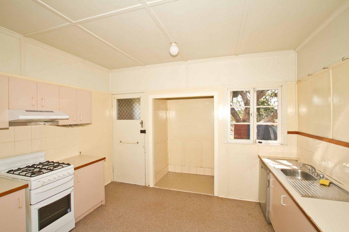41 Fitzsimmons Street, Keperra QLD 4054, Image 2