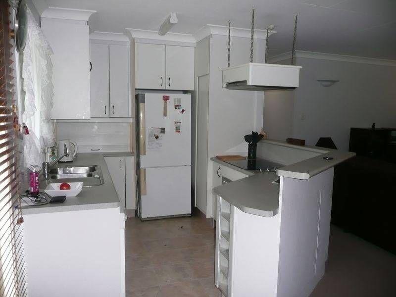 11 Caradon Street, Albany Creek QLD 4035, Image 2