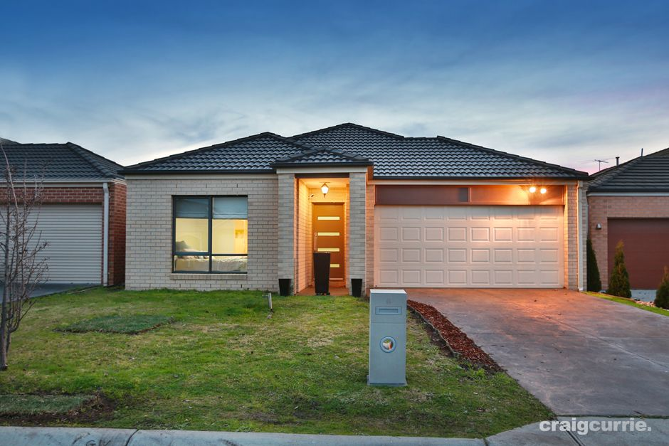 6 Sinclair Walk, Pakenham VIC 3810, Image 0